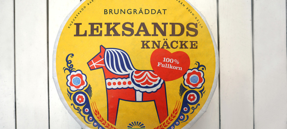 Why is Swedish bread designed with a hole in the center?