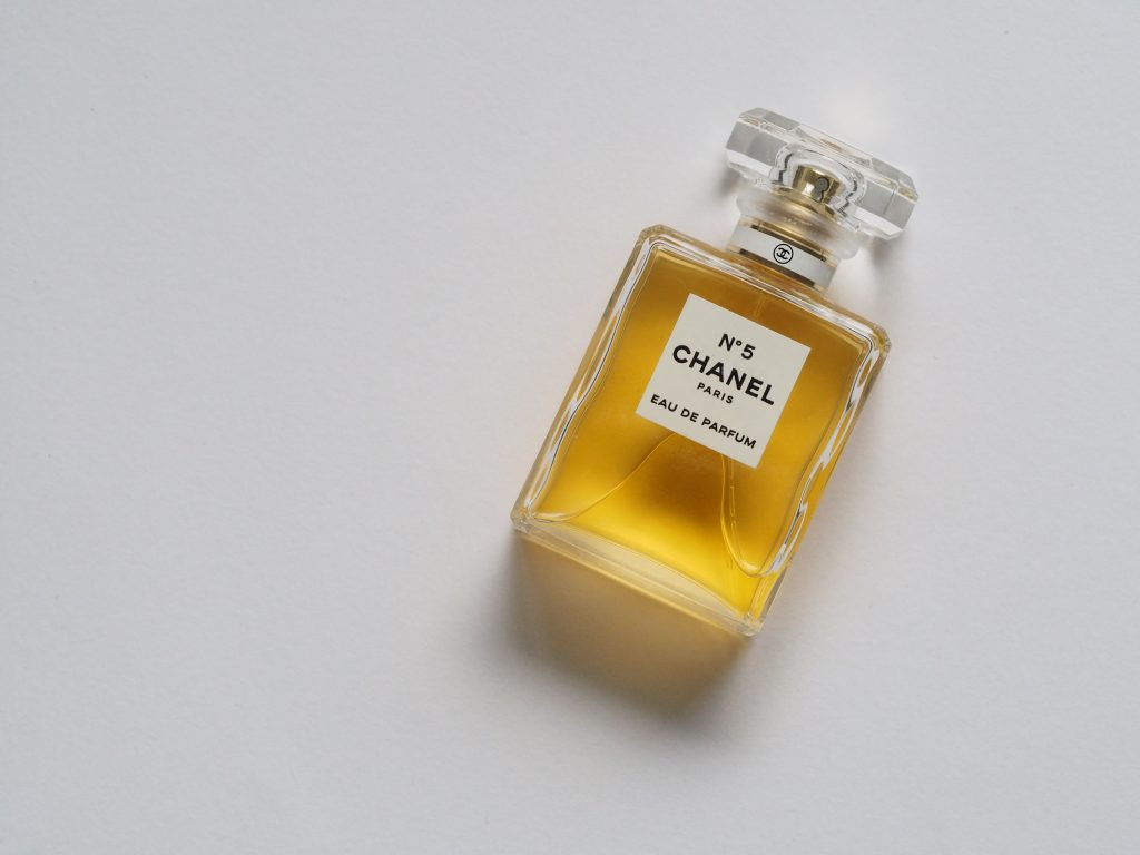 Chanel_fragrance_packaging